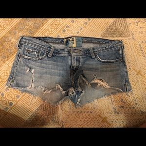 Hollister distressed short shorts